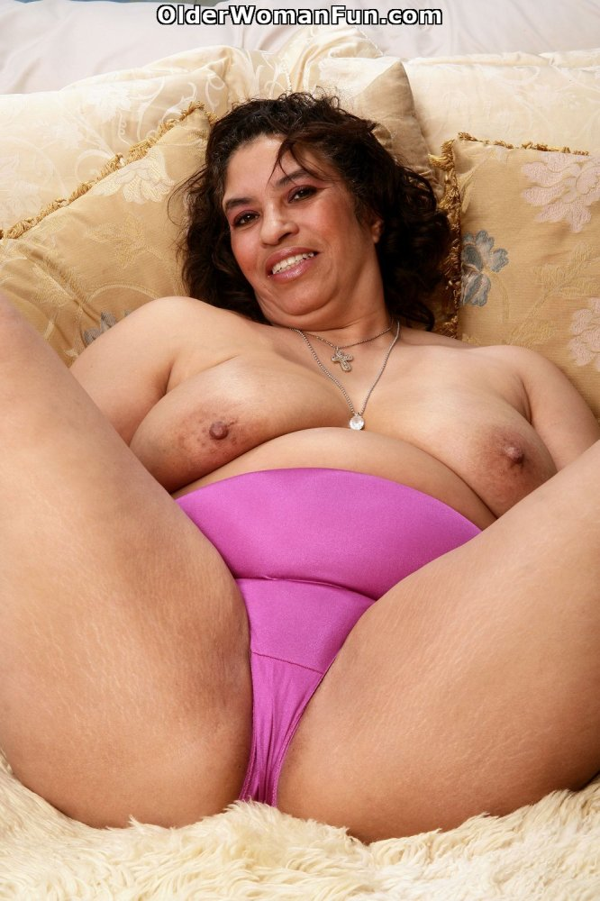 Ebony gal works on his massive cock with enthusiasm 6