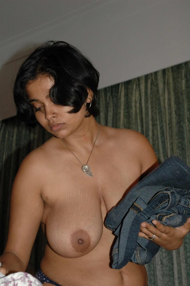 hot-indian-moms-showing-boobs-monster-cock-sex-video