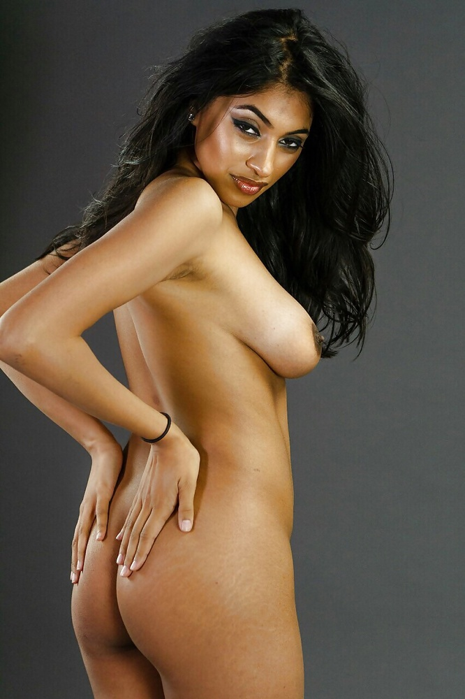 indian-girl-sexy-naked-see-my-gf-gif