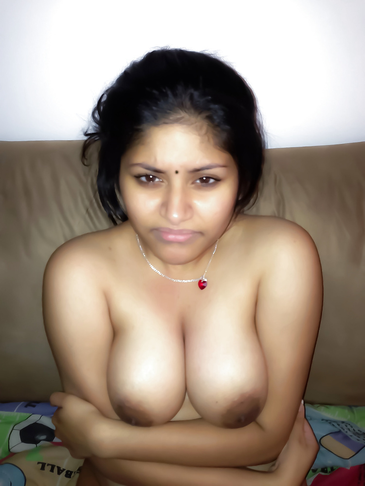 Delhi girls showing boobs, vaginal discharge and anal porn