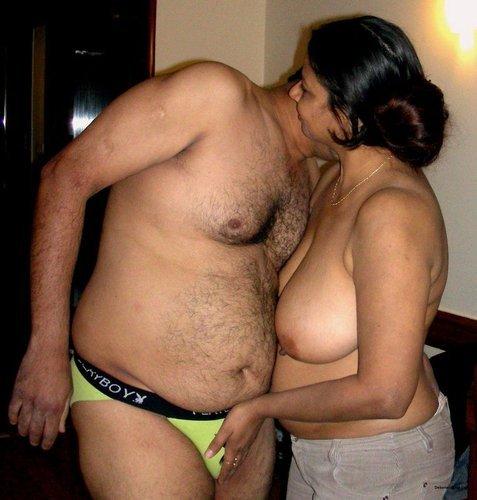 Tamil Fat Aunty, Photo Album By Tamil-Famil - Xvideoscom-7201