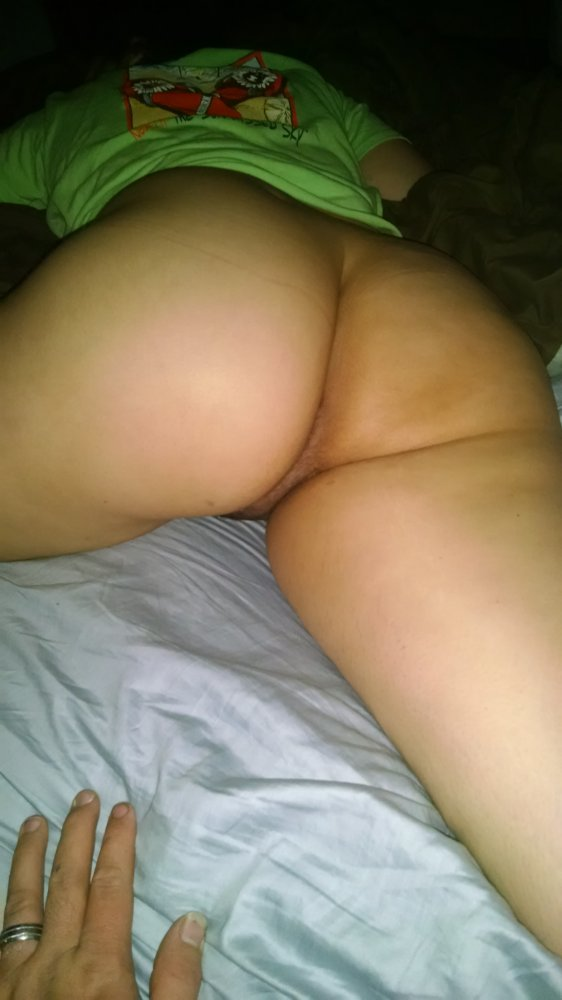 My wifes pussy index