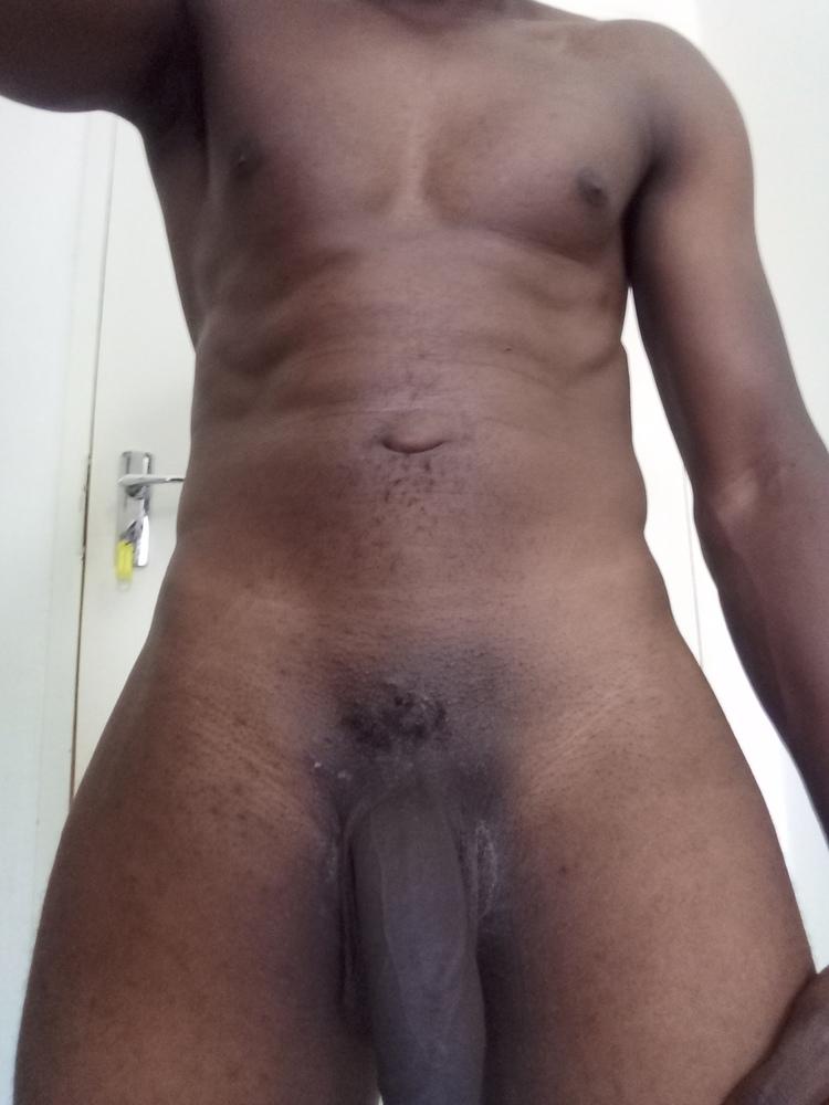 morena baccarin nude photos