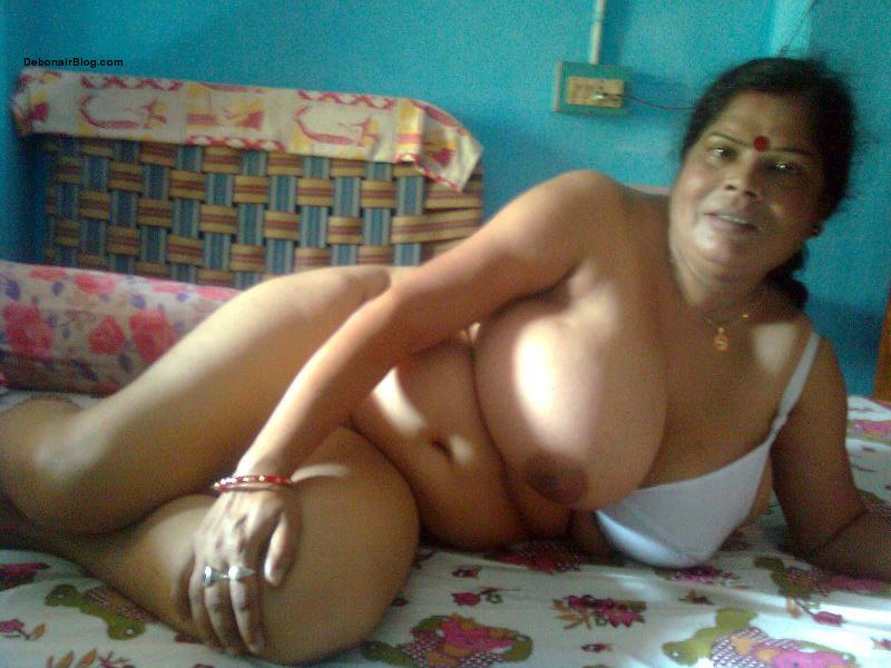 Indian old aunty nude babe