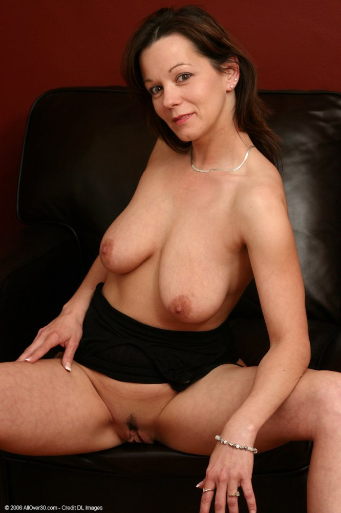 Canadian kinky milf shanda fay wants sex amp cum on her pussy 8