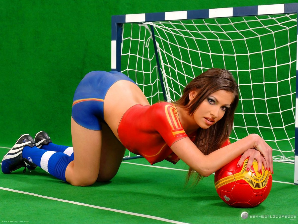 girls-in-sexy-kickers