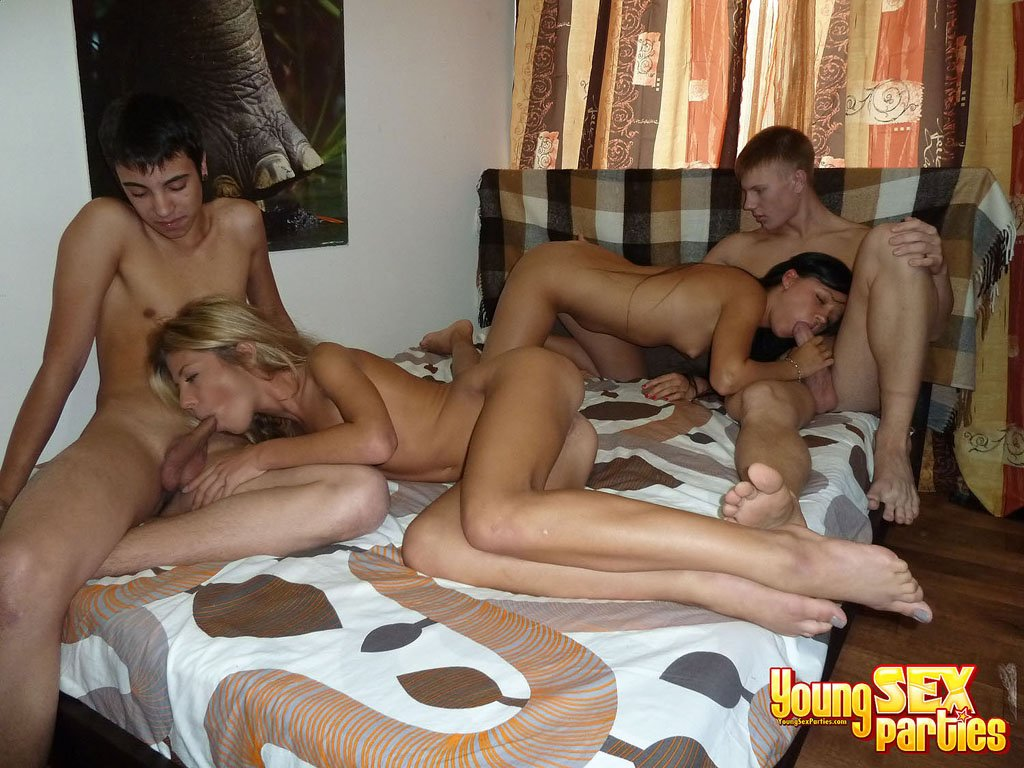 Wild couple sex parties #4