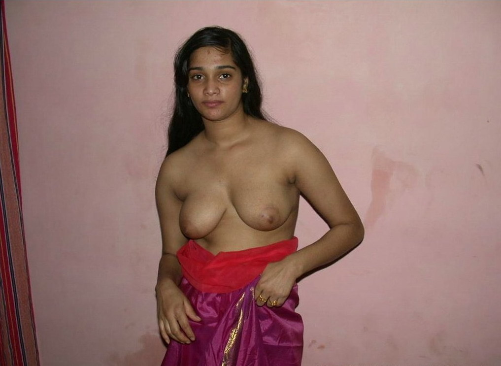 Tharki desi bhabhi and aunties nude big tits and pussy show