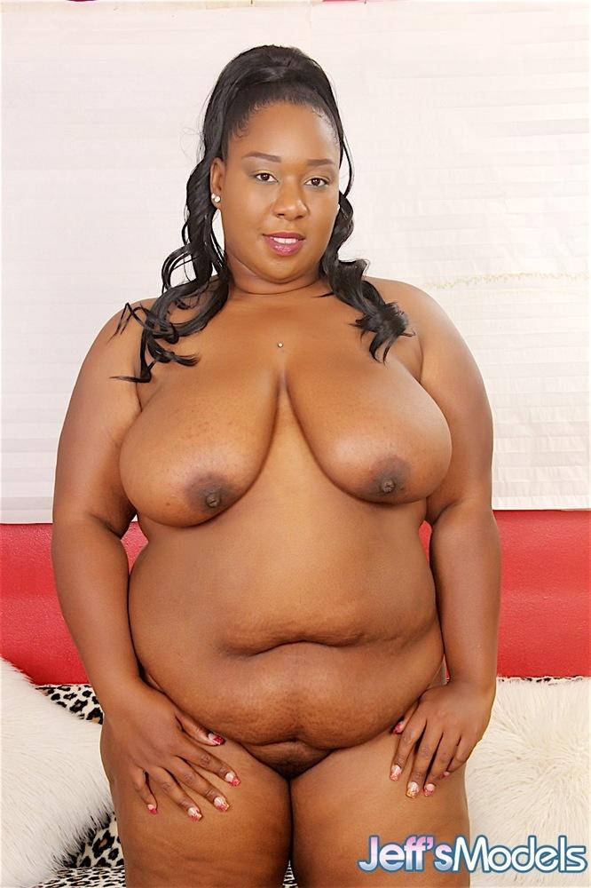 Ebony Plumper Pussy Img