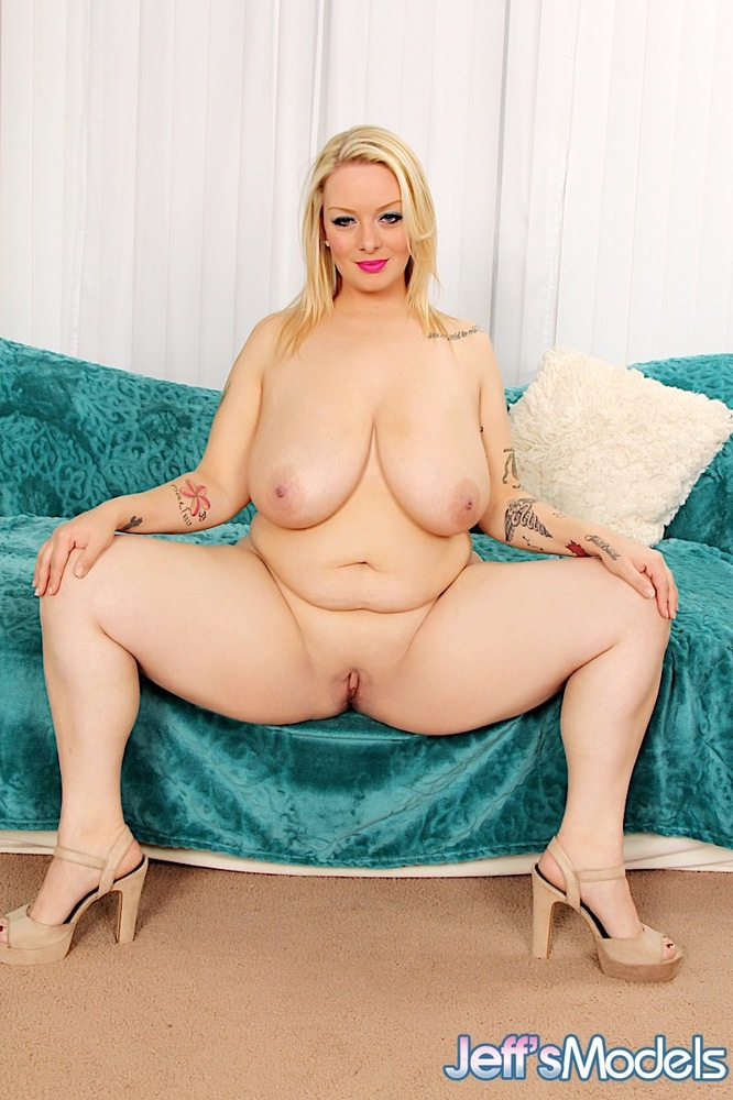 Sexy And Beautiful Blonde Plumper Sinful Samia, Photo -4736