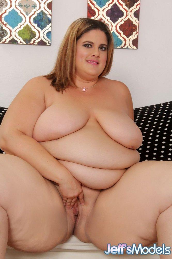 Nude Photo HQ Big tits latina on reality kings