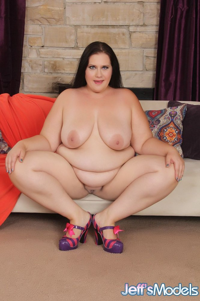 Galleries Index Sexy Bbw Becki Butterfly Will Turn You On