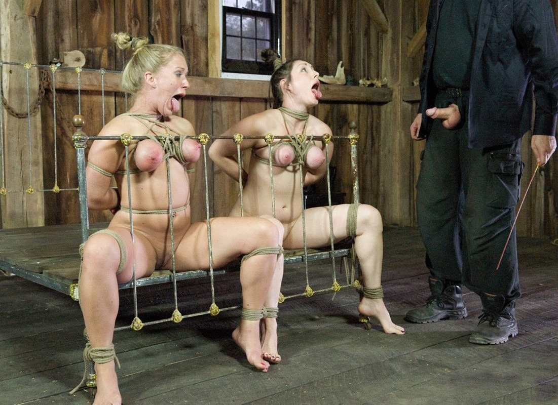 Female sex slave is whipped by her dominatrix