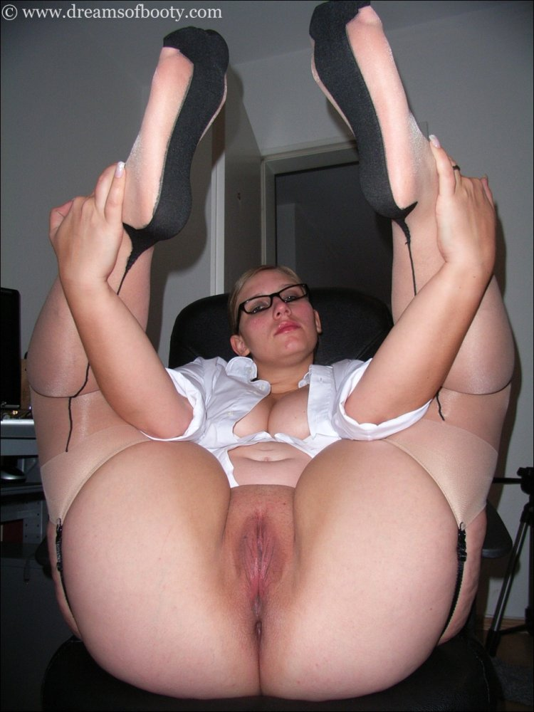 22 maid fucked by house owner 1
