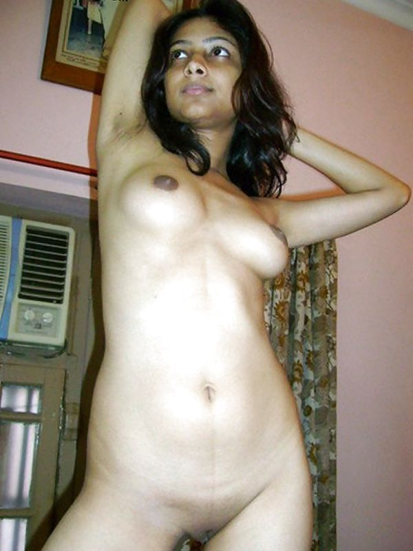 Solo babes fully naked afghan girls