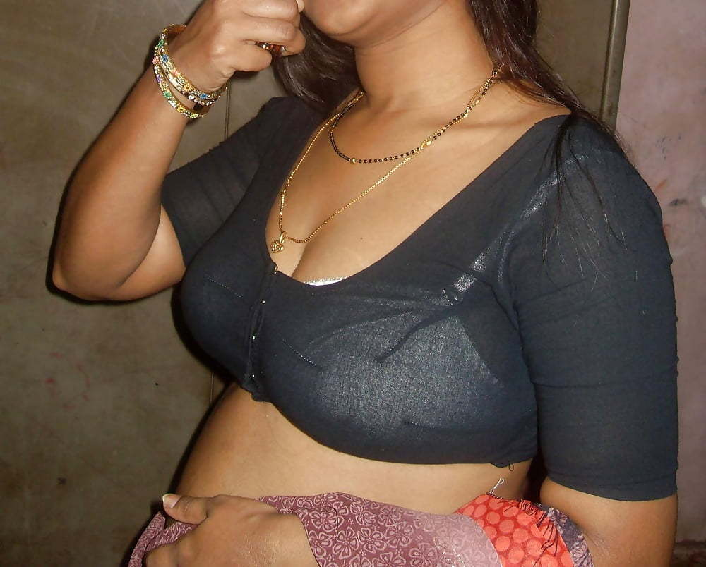 aunties-hot-hot-sexy-in-dude-pic