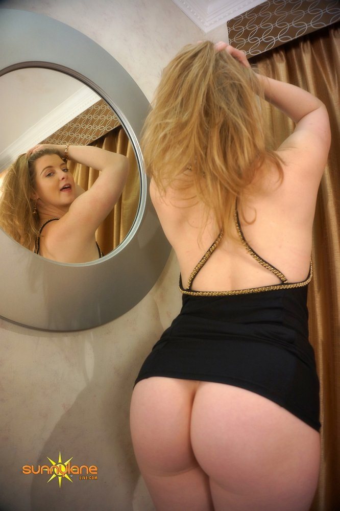 Sunny Lane Shows Off Her Booty In The Mirror, Photo Album By Sunny Lane - Xvideoscom-3890