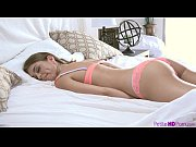 Picture PetiteHDPorn Petite Young Girl 18+ Riley Rei...
