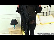 Picture British milf Silky works her nipples and pus...