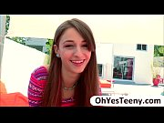Picture Young Girl 18+ Willow Hayes pussy gets bange...
