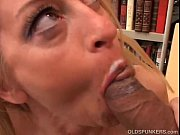 Picture Gorgeous cougar in stockings loves to fuck