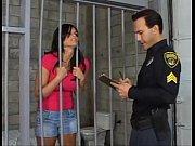 Gostosa seduzindo o policial
