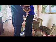 Picture Arab Cleaning Lady Slowy Sucks Cock