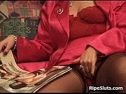 Picture Hairy bush of mature slut is drilled