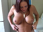 Picture Kinky MILF shows off her puckered asshole an...