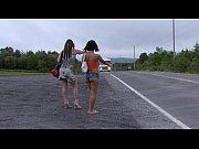 Picture 02 - Les autostopeuses