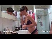 Picture Sublime jeune brunette sodomisee dans la sal...