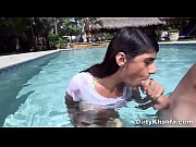 Picture Middle Eastern Sexpot Mia Khalifa Spreads He...