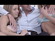 Picture Young Girl 18+ Threesome - Chloe Amour, Kins...