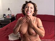 Picture Gorgeous mature babe loves to fuck