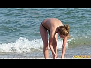 Picture Amateur Voyeur Sexy MILFs - Spy Beach Big Bo...