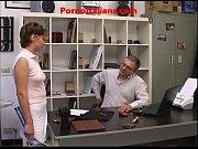 Picture Giovane Prostituta fa pompino a vecchio - Yo...