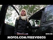 Picture Incredibly HOT Czech model is paid for sex i...