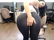 Picture Hot Latina in yoga pants - hotcamslutz.tk
