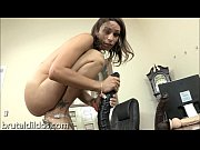 Picture Amber Rayne gapes her asshole with a long bl...
