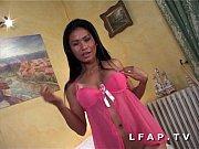 Picture Petite thai aux gros seins sodomisee avec un...
