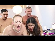 Picture Gigi and Katalina dads are literally swap th...