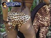 Picture Slim black bikini model Vida Valentine