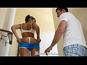 Picture Ariana Marie comes home to fuck after a morn...