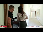 Picture Nasty mom India Summer gets trimmed pussy ji...