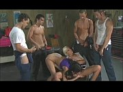 Picture Erotic garage bisex