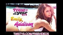 Big-tit & ass brunette Emily Addison masturbate...