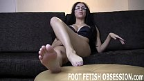 I can tell your dick is hard from staring at my feet