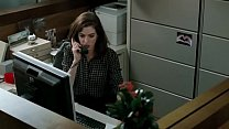 Anne Hathaway - Russian Accent (Valentine's Day)