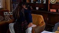 Liseli Kız Üvey Babasını Baştan Çıkakratarak Kendini Boşlattırıyor (By İndigo