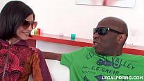 Black Buster, Mke Chapman introduce to Lina Ari...